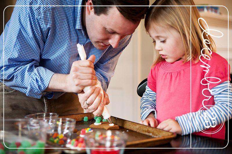 20111223 GingerbreadHouses_007v2
